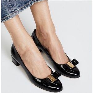 Ferragamo Black Patent Vara Low Heel Bow Pumps 9.5